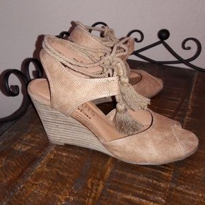 COCONUTS by Matisse  open toe wedges